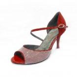 LUNA Rote Tanzschuhe mit Silber Nieten von Rosso Latino
