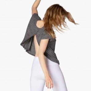 FEATHERWEIGHT SHIRT LWSD7078 Beyond Yoga